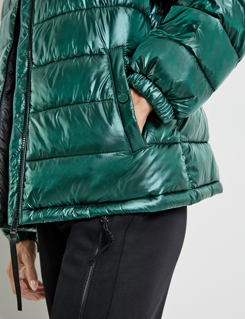 Sporty quilted jacket