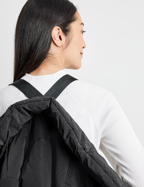 Versatile outdoor jacket