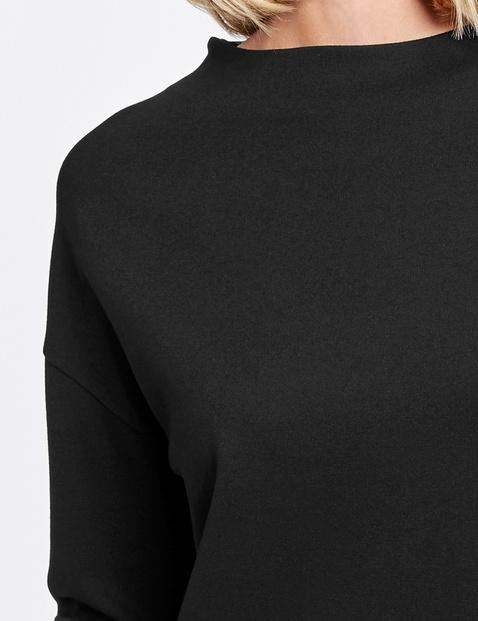 Shirt mit weitem Stehkragen
