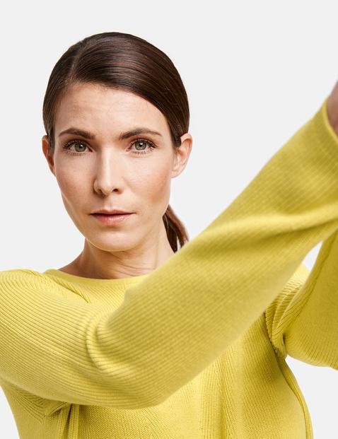 Mixed knit jumper