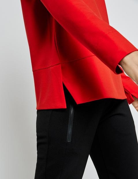 Long sleeve top with dividing seams
