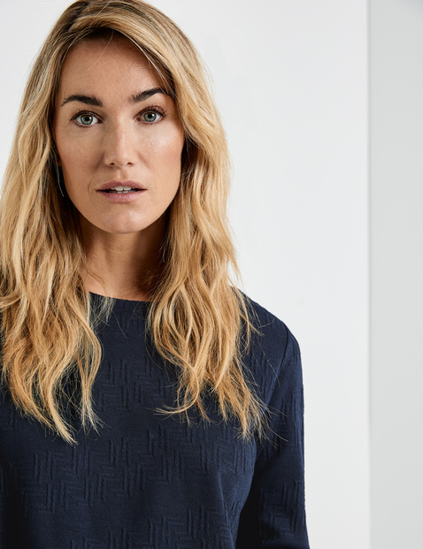 Sweatshirt with a jacquard texture