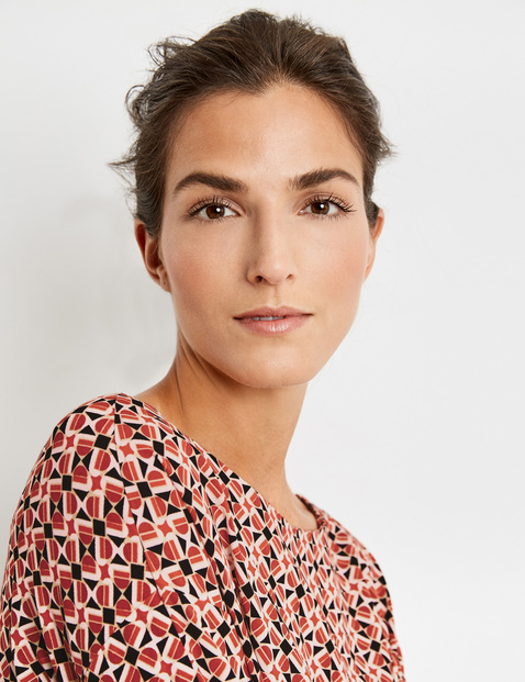 Long sleeve top with a graphic pattern EcoVero